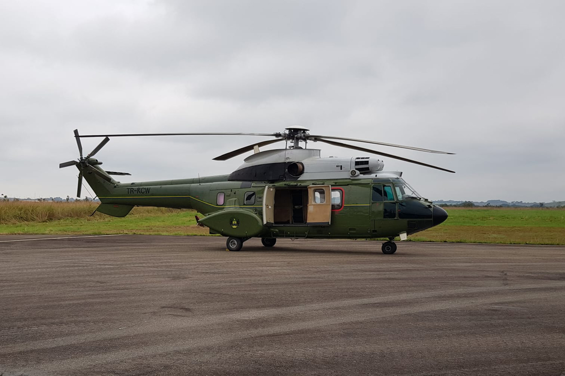 L'hélicoptère, dernière étape avant la réintroduction des gorilles